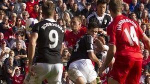 Los saints celebran el gol de Lovren | BBC