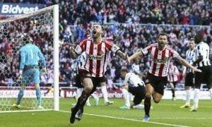Fletcher celebra el gol inicial | THE GUARDIAN