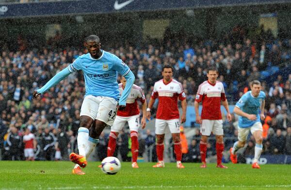 El Manchester City golea sin ofrecer su mejor versión