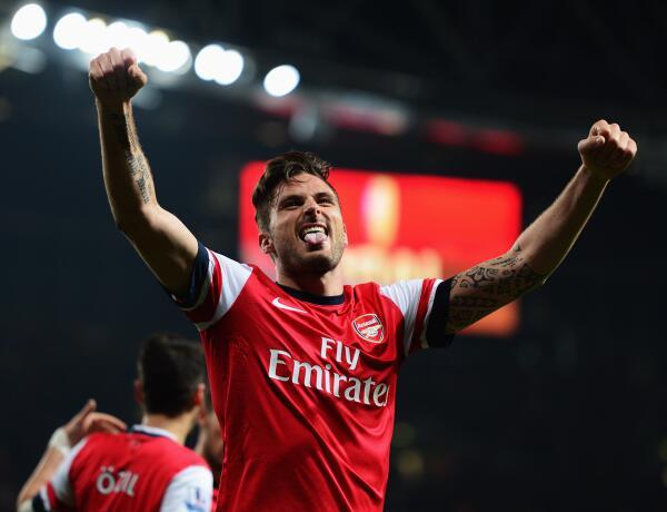 Giroud celebra el tercer tanto del Arsenal