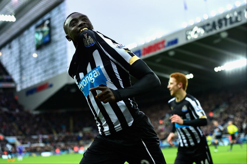 Un doblete de Cissé acaba con el invicto del Chelsea