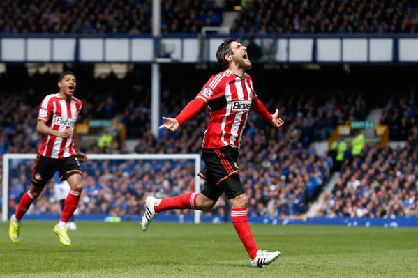 El Sunderland se impone al Everton y respira