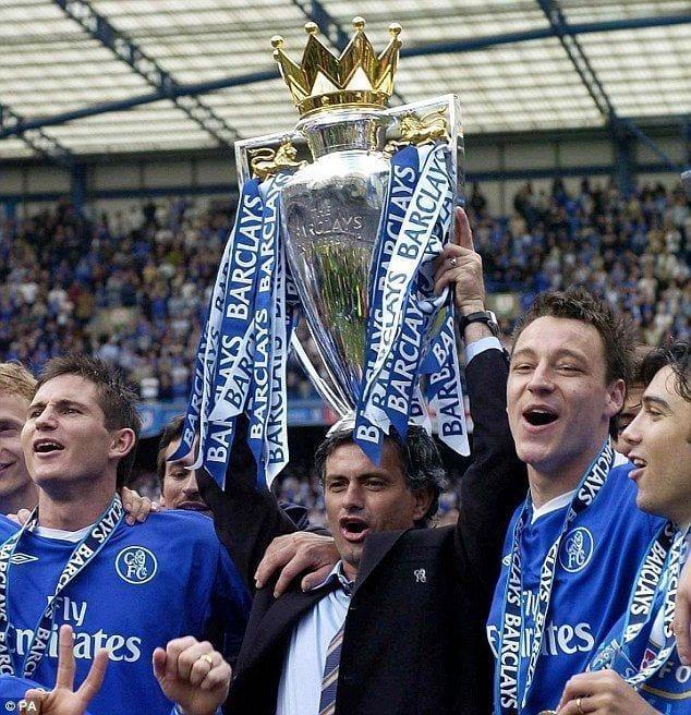 Los tres alirones de Mourinho con el Chelsea