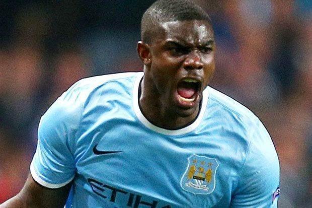 Micah Richards llega libre al Aston Villa