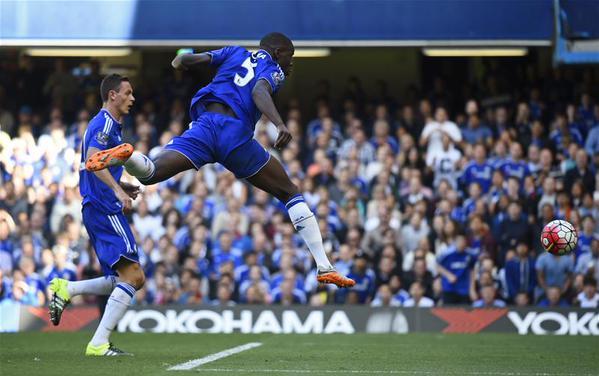 El Chelsea suspira entre el caos