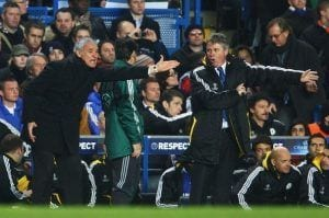 Guus Hiddink, otro interino que busca éxito en el Chelsea