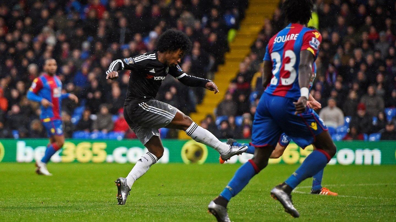 Chelsea recupera terreno a la brasileña