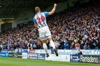 El Huddersfield sorprende al United