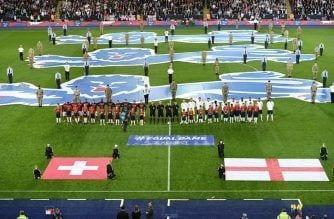 El Inglaterra – Suiza, un partido para la historia contra el racismo