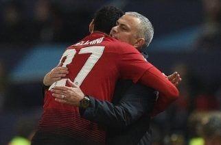 Fellaini pone al Manchester United en octavos